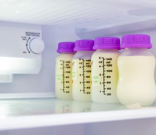 w czym trzymać pokarm dla niemowląt?
