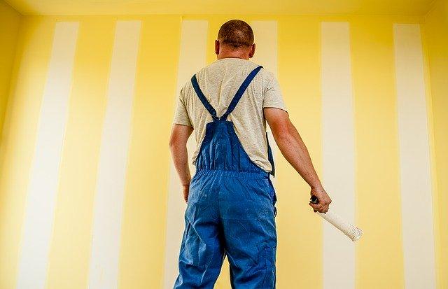 czym umyć ściany przed malowaniem